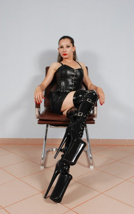 Gifts for Mistress Emma